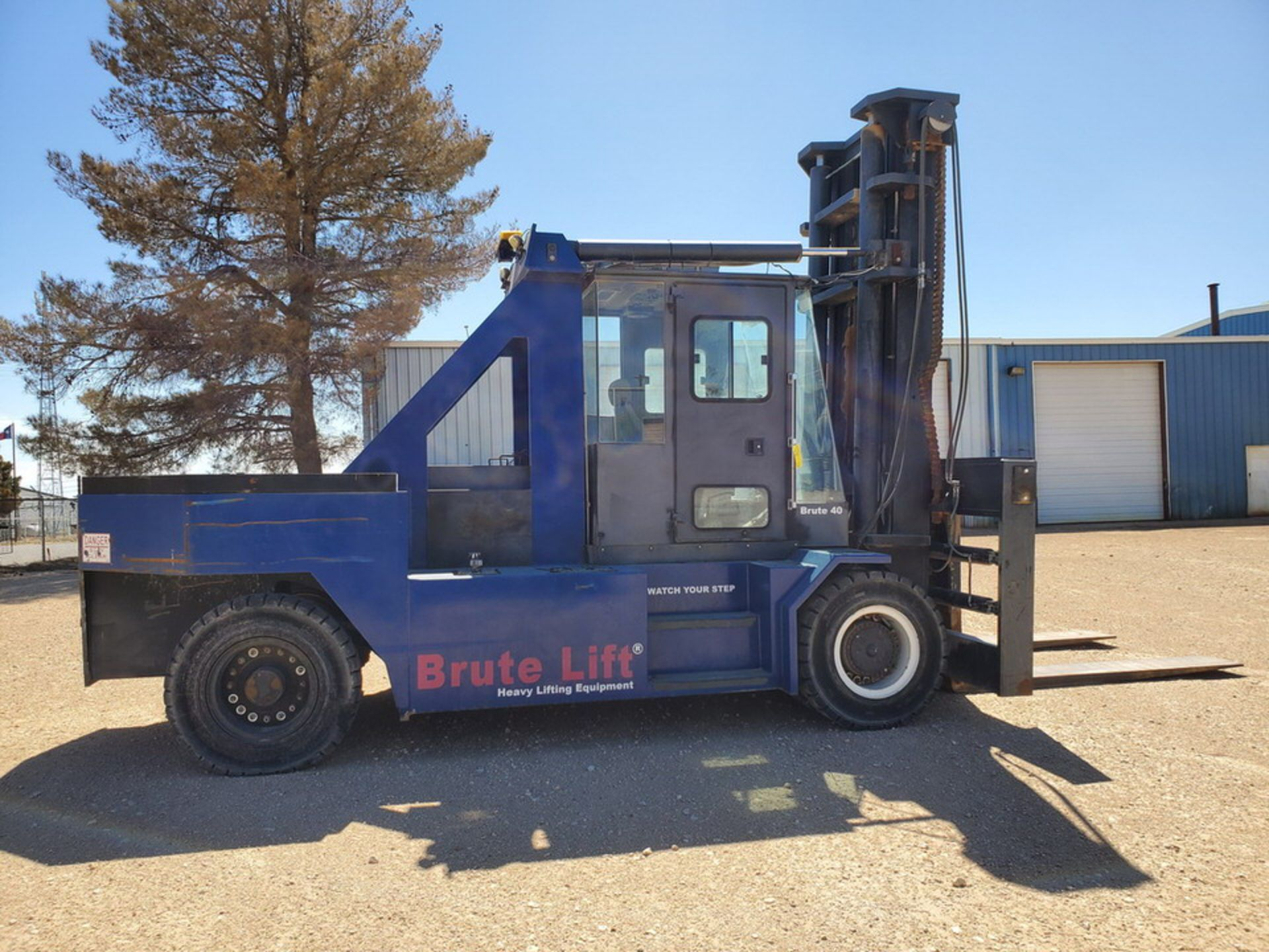 2012 Brute Lift BT40-48 Forklift 40H Cap., Engine Hrs: 3,389.3 - Image 5 of 17