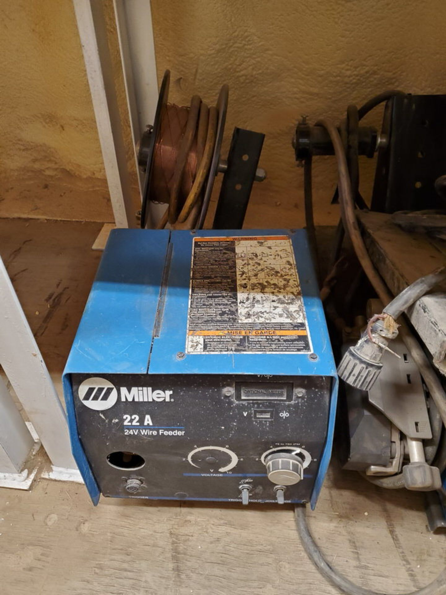 Miller 70 Series (9) 24V Wire Feeders W/ (1) 22A 24V Wire Feeder - Image 6 of 6