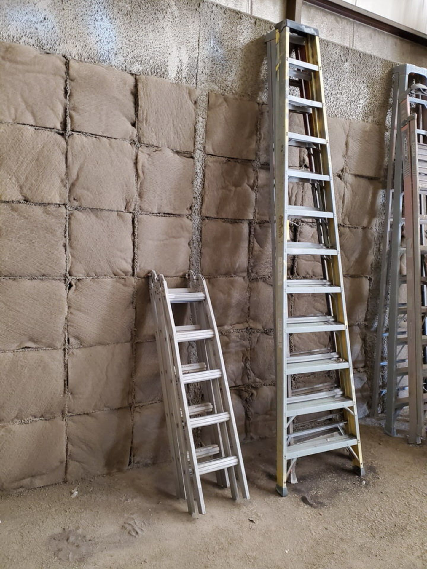 (4) Assorted Fiberglass Platform Ladders Sizes: (2) 4', (2) 14' - Image 3 of 4