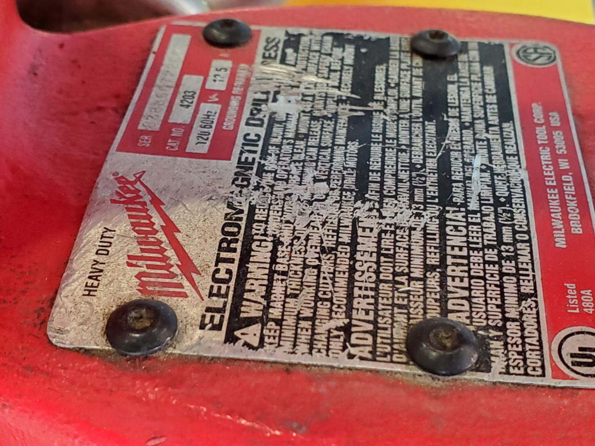 Milwaukee Mag Drill 120V, 12.5A, 60HZ, 250/500RPM - Image 5 of 5