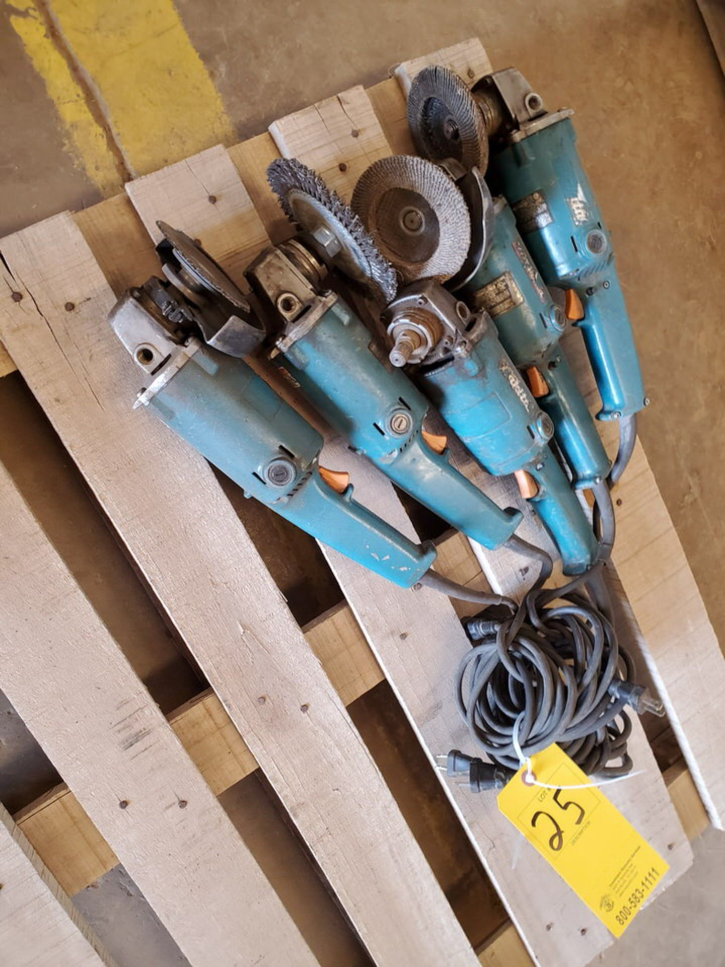 """Makita (5) 5"""" Angle Grinders 120V, 10A - Image 2 of 5"""