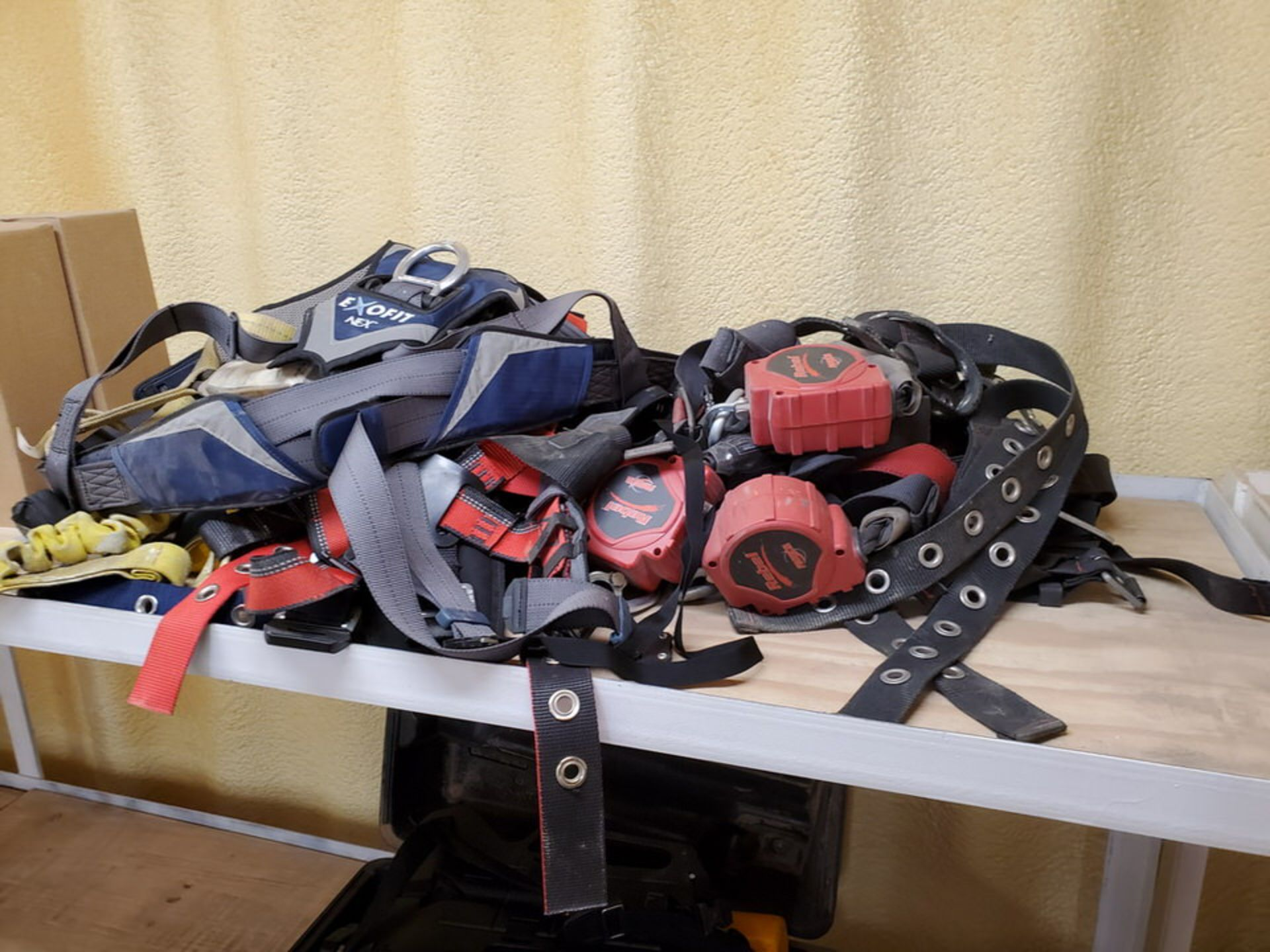 Minilite & Other Assorted Self-Retracting Lanyards - Image 4 of 5
