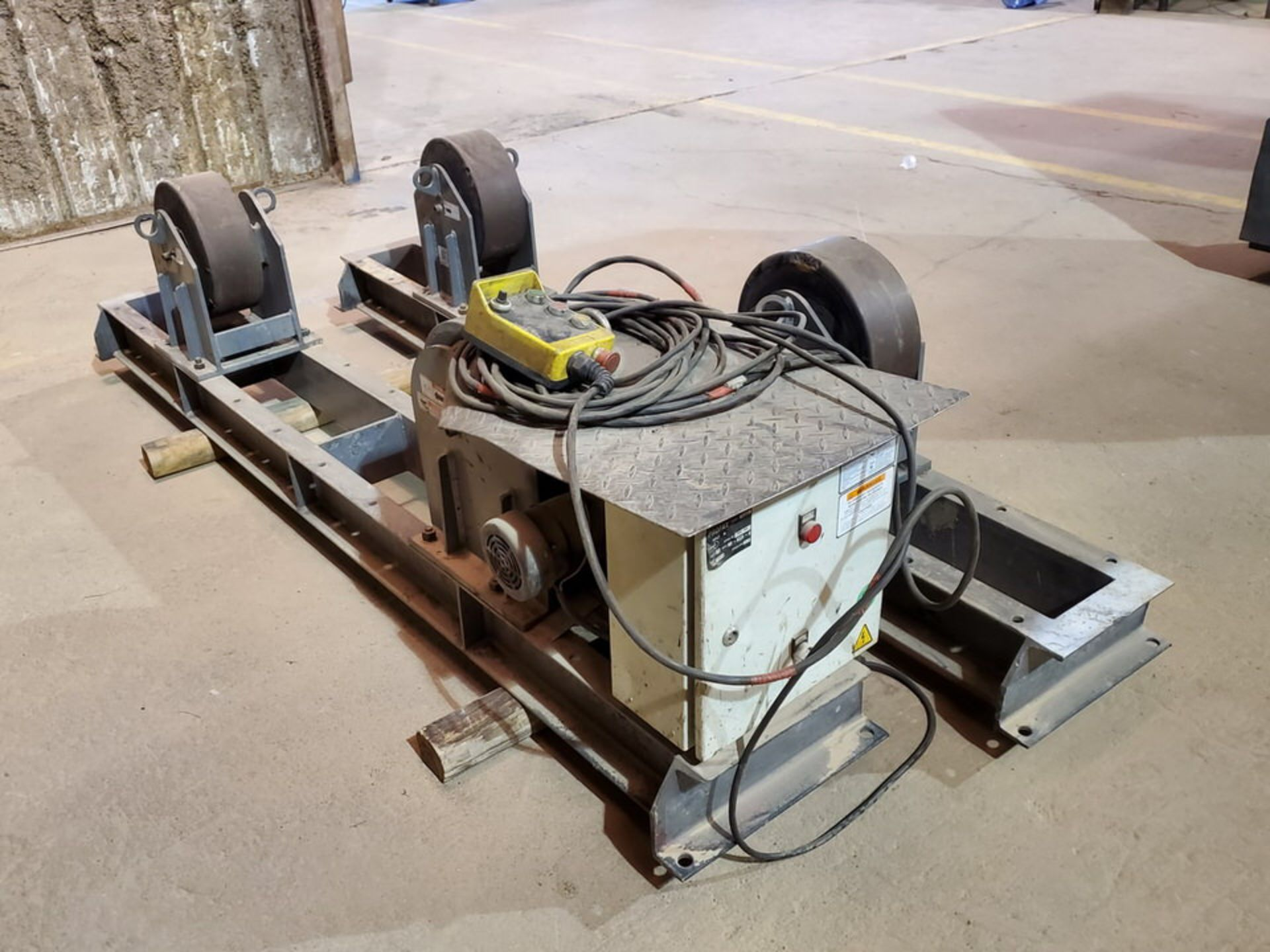 "Profax TR-20000 Turn Roll 10K Cap., 115V, 15A, 50/60HZ, 1PH, RPM: 0-1.9; 5"" Wheel Dia."