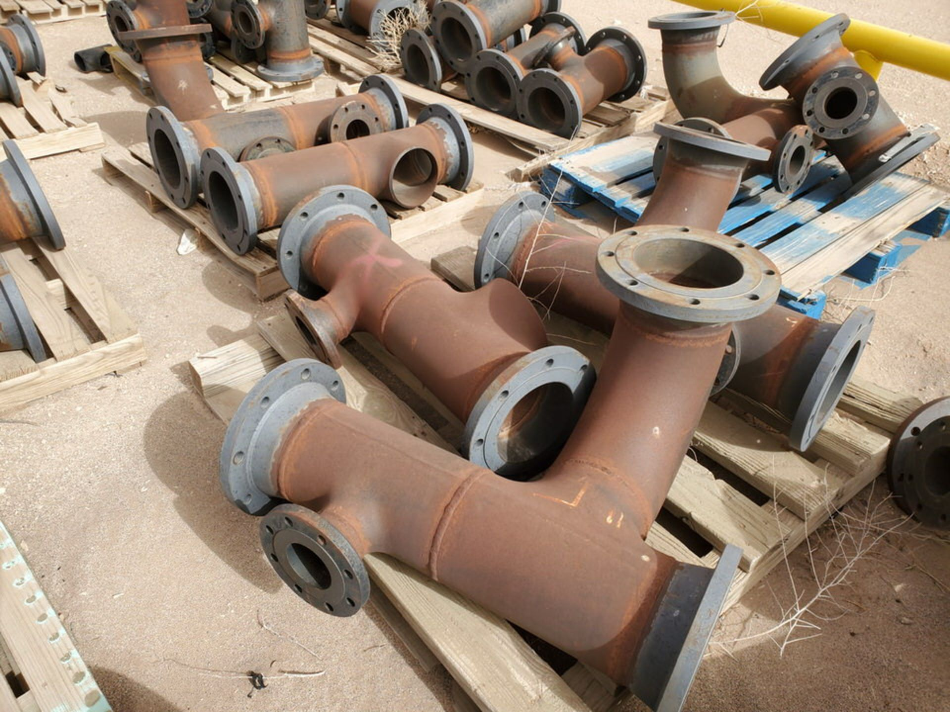 """(29) Flanged Pipe 22"""" - 82""""L - Image 9 of 15"""