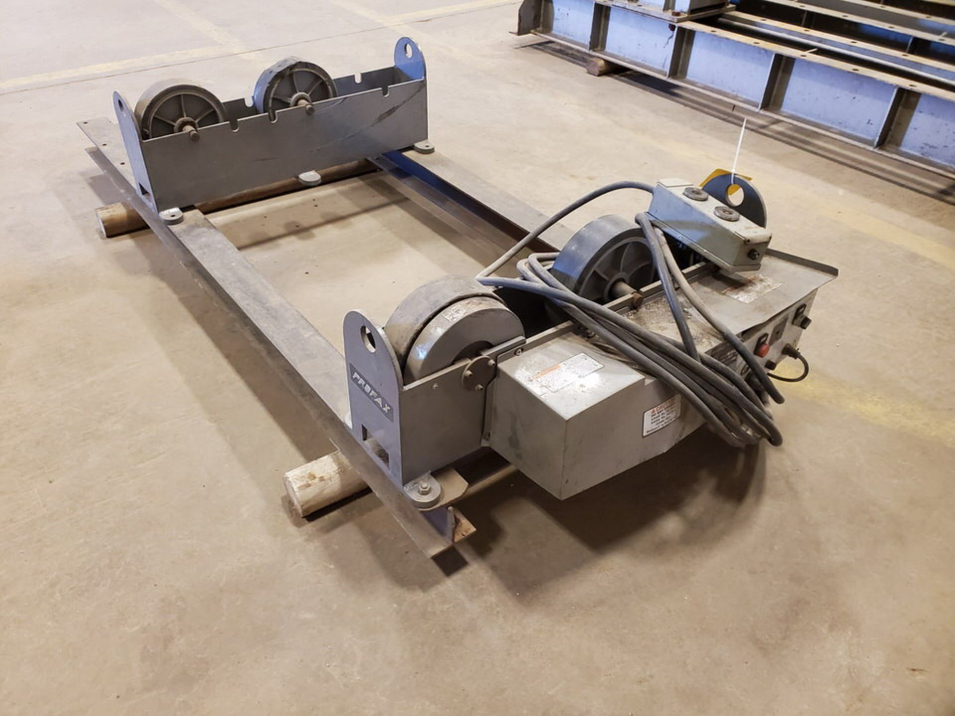 "Profax TR-5000 Turn Roll 2500 Cap., 115V, 10A, 50/60HZ, 1PH, RPM: 0.5-5; 3"" Wheel Dia.; Skid Dims: - Image 3 of 9"
