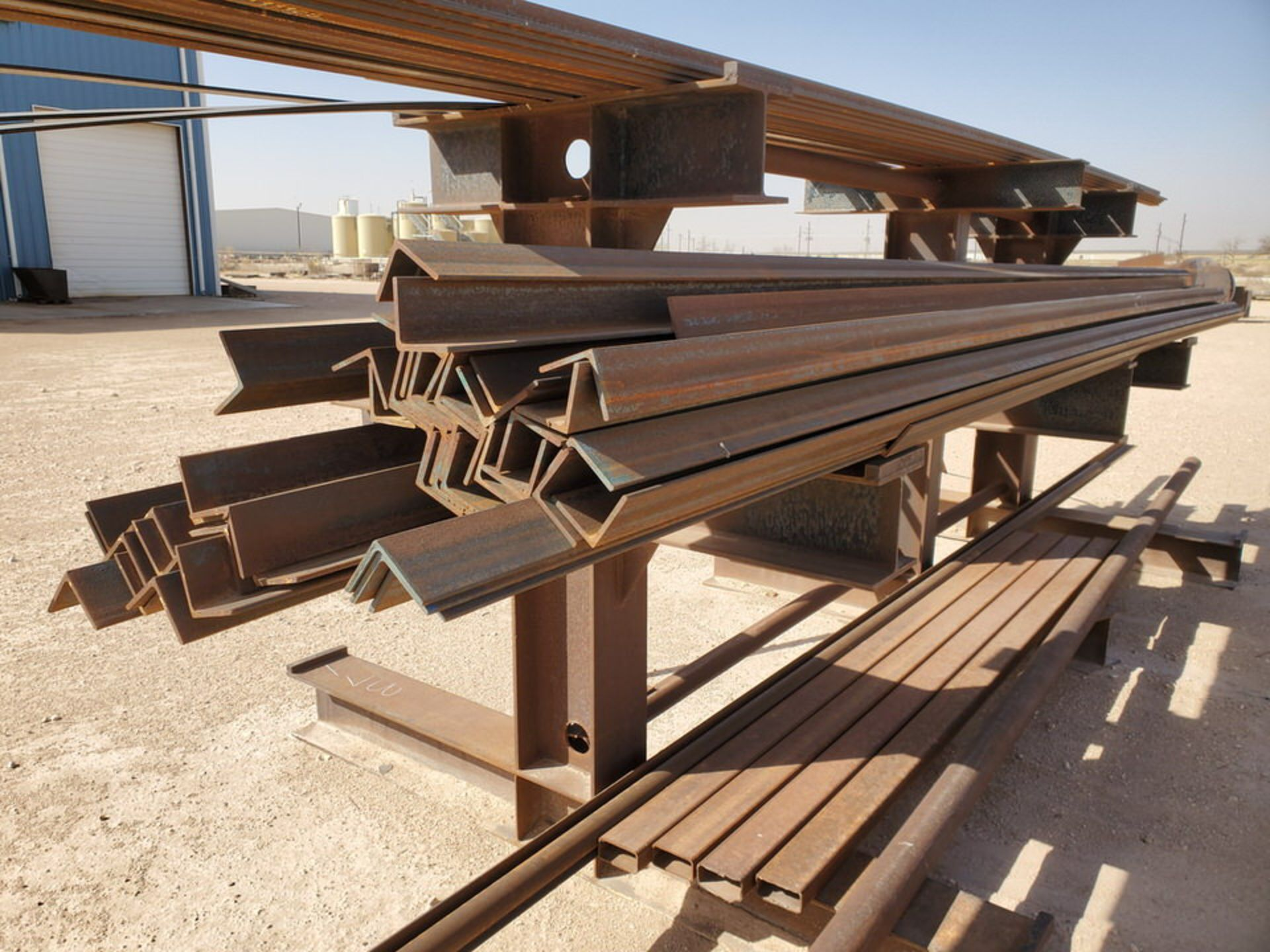 """(65) Angle, Pipe, Rect. Tubing & Other D: 3""""-4"""", L: 10' - 23'6""""; W/ Racks - Image 18 of 19"""
