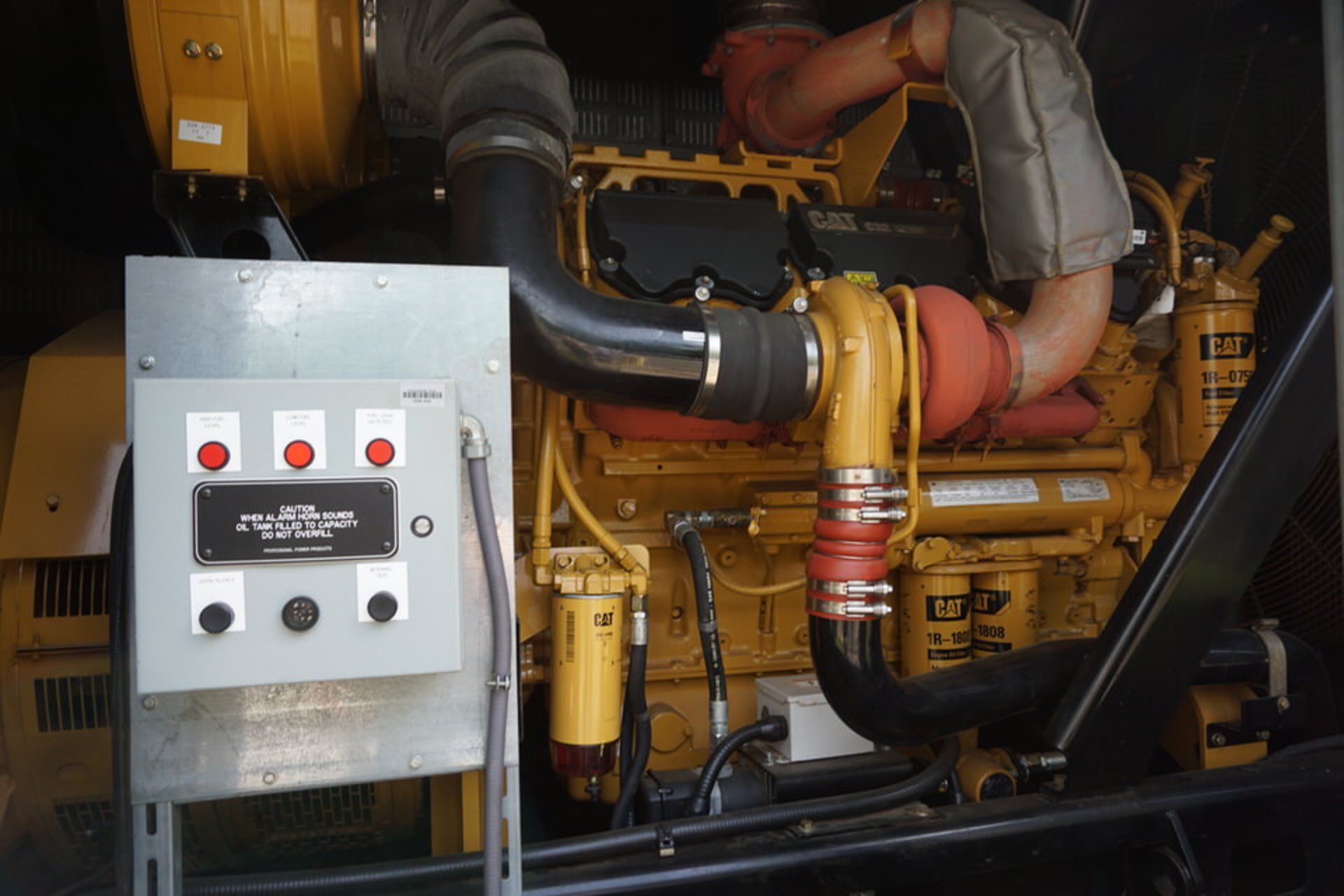 2007 CATERPILLAR BACK UP GENERATOR, ENGINE MODEL: C32 W/ EMCP3.3 CONTROL, 173.9 HOURS, 1250 KVA - Image 19 of 25