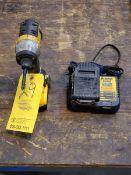 """Dewalt DCF885 1/4"""" Cordless Drill 20V Max, 4AH"""