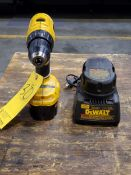 """Dewalt DC970 1/2"""" Cordless Drill 18V, W/ Charger & Spare Battery"""