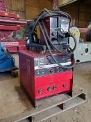 Lincoln Eletric CV-300 Mig Welder