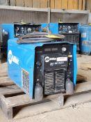 Miller XMT 450 CC/CV Multi-Processing Welder