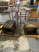 LOT Box Table & Fixture (RIG PRICE $5.00)