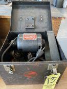 Dumore 44-110 Tool Post Grinder, s/n 8171-14256 w/ Case (RIG PRICE $5.00)