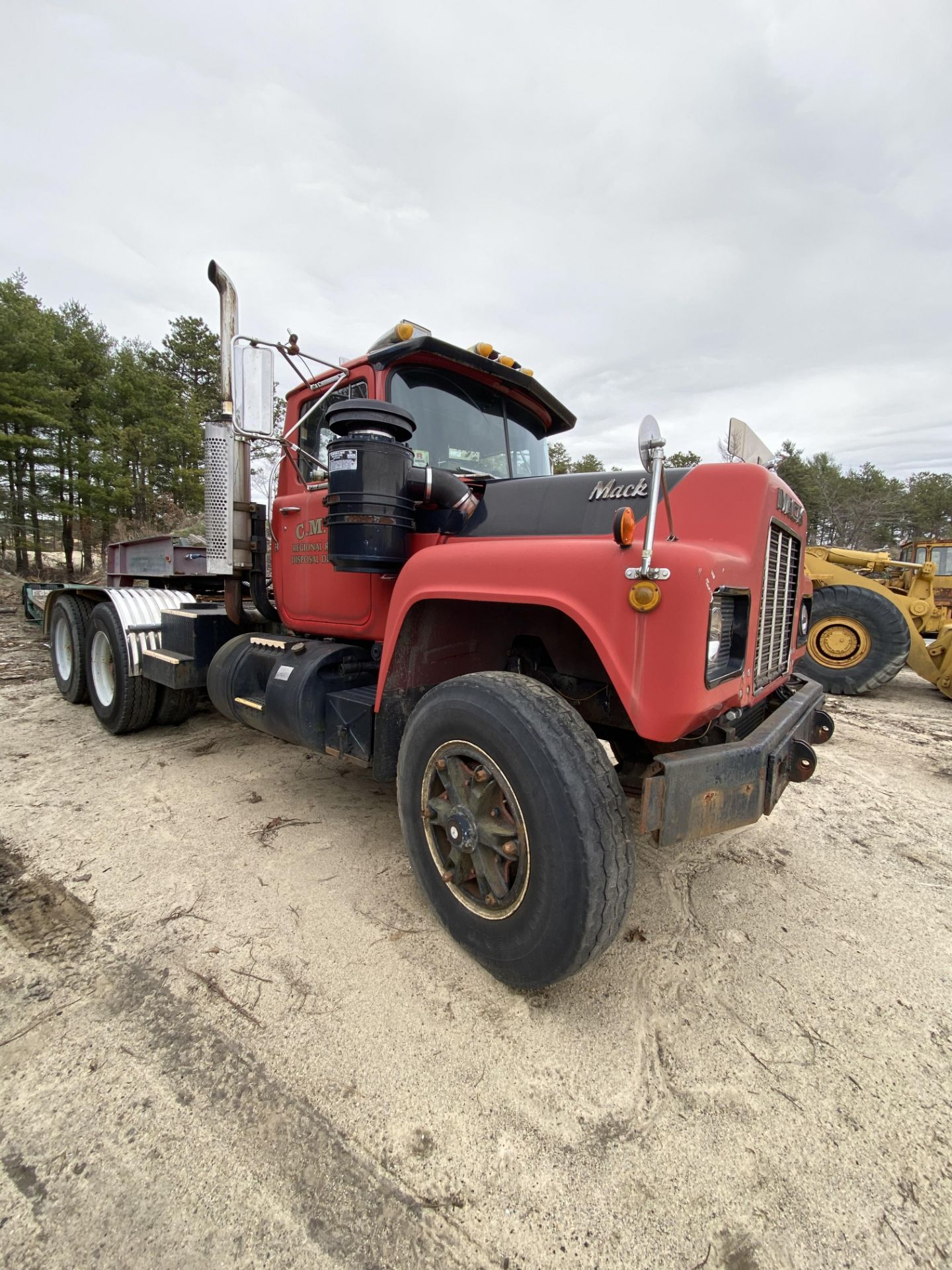 1986 Mack RD688SX Tandem Axle Tractor VIN 1M2P143Y8GA004351, Meter Reads 301,625 Miles, Day Cab, - Image 10 of 22