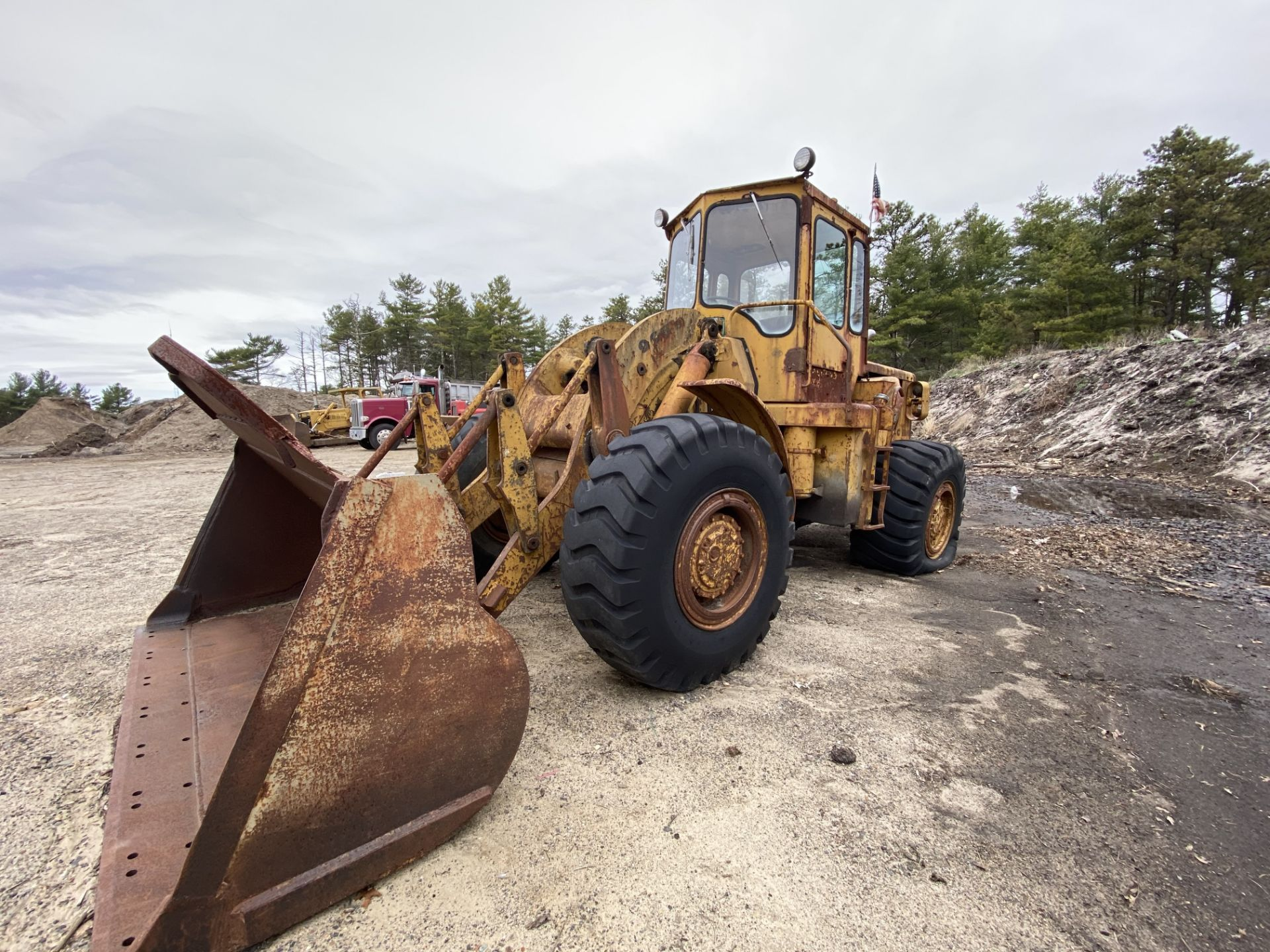 Caterpillar 966B Wheel Loader s/n 75A4794, No Title - Image 13 of 16