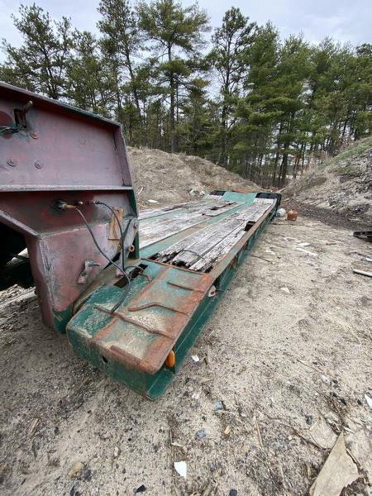 1973 General 35 Ton Low Bed Trailer VIN 35GHG73378R, Have Title - Image 3 of 11