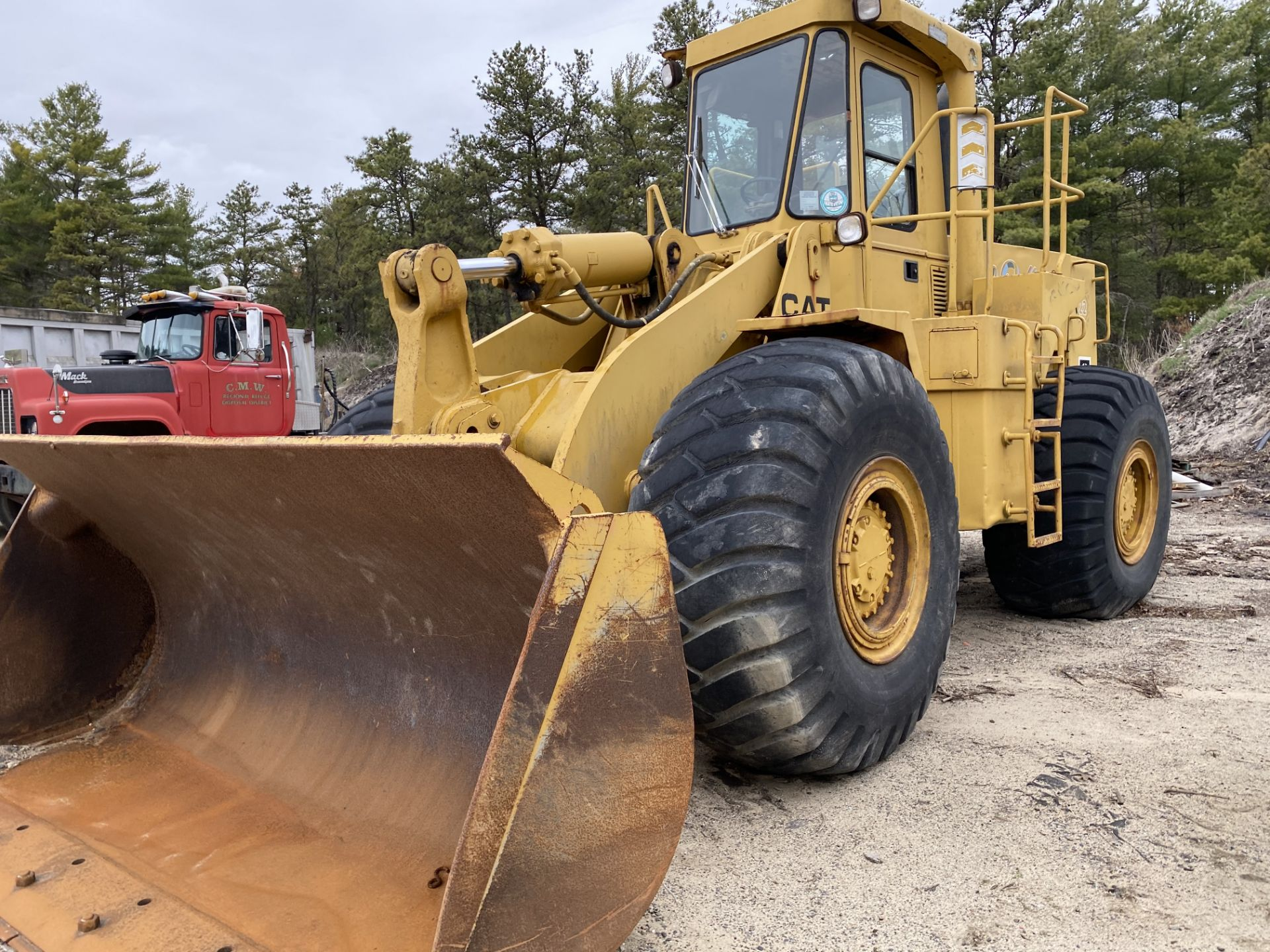 1980 Caterpillar 966D Wheel Loader s/n 99Y02108, Meter Reads 4,664 Hours, Have Title - Image 2 of 23