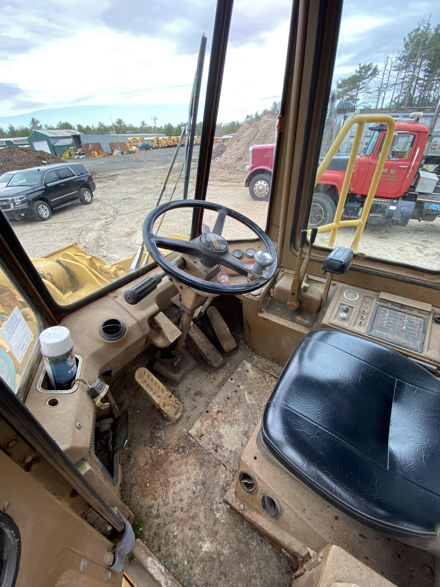 1980 Caterpillar 966D Wheel Loader s/n 99Y02108, Meter Reads 4,664 Hours, Have Title - Image 22 of 23