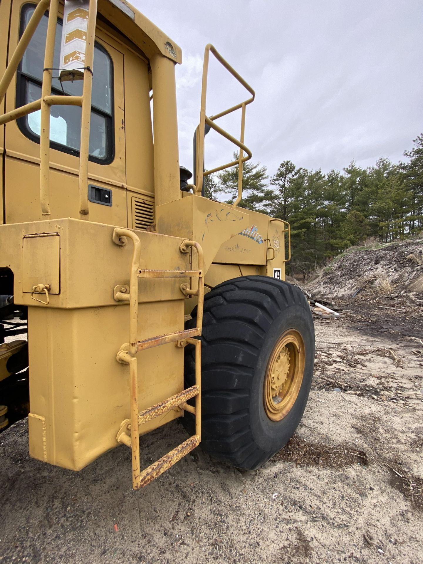 1980 Caterpillar 966D Wheel Loader s/n 99Y02108, Meter Reads 4,664 Hours, Have Title - Image 8 of 23