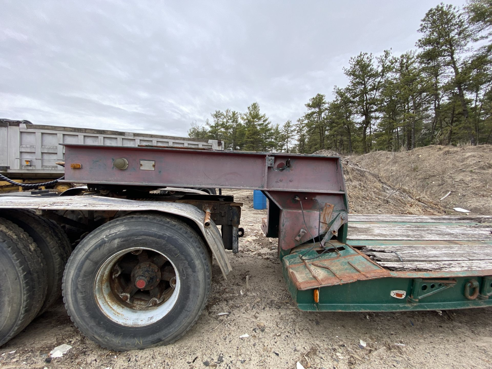 1973 General 35 Ton Low Bed Trailer VIN 35GHG73378R, Have Title - Image 2 of 11