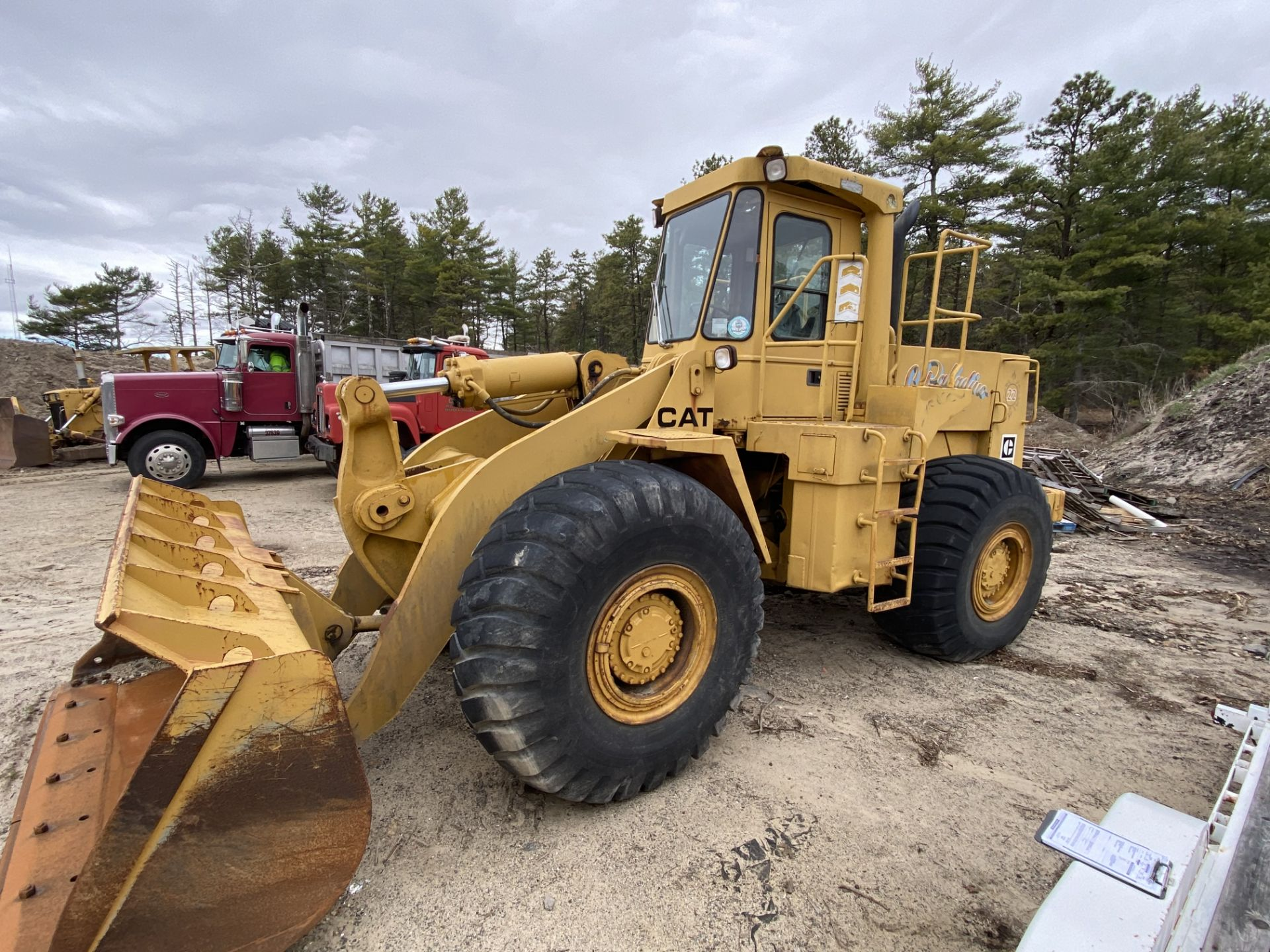 1980 Caterpillar 966D Wheel Loader s/n 99Y02108, Meter Reads 4,664 Hours, Have Title - Image 4 of 23