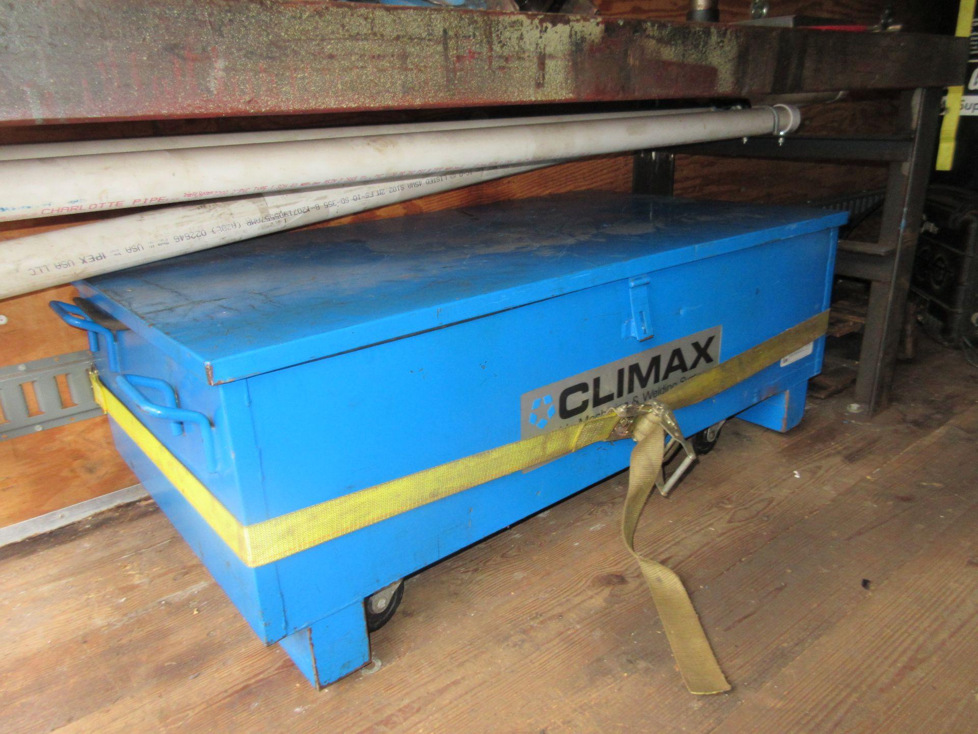 Bulk Bid Includes (1) Line Boring Truck Including 2004 GMC Savana 3500 Box Truck 2WD 8 Cylinders U - Image 10 of 27