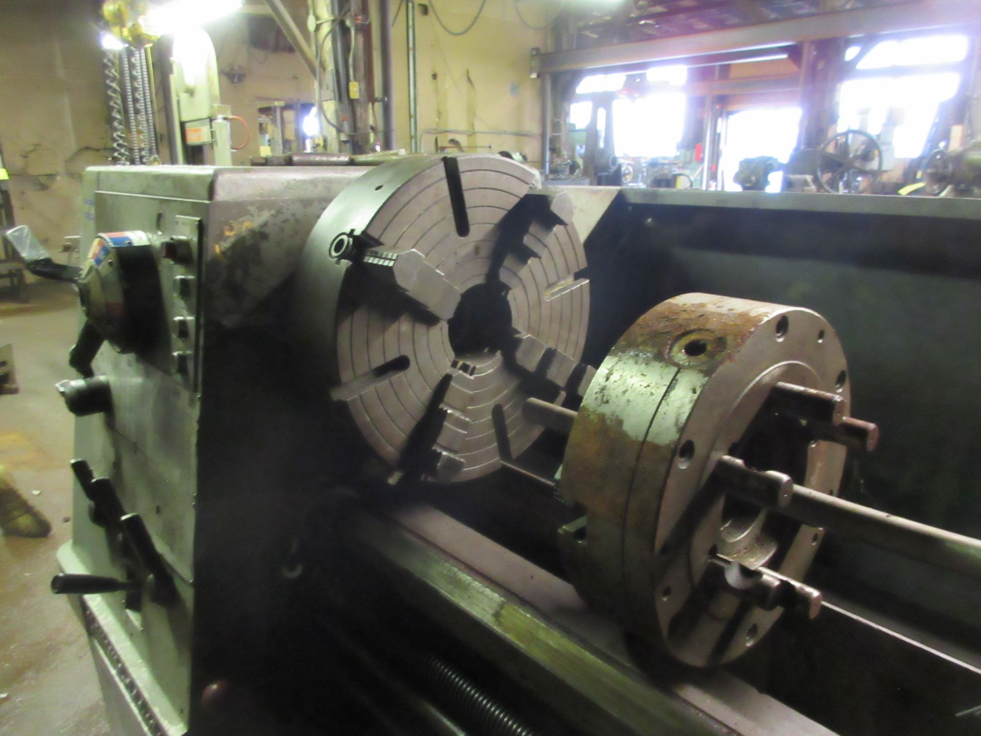 """Clausing Colchester 17"""" X 84"""" W/3"""" Spindle Hole Toolroom Lathe (1) 14"""" 3 & 16"""" 4 Jaw Chuck & 1 - Image 4 of 5"""