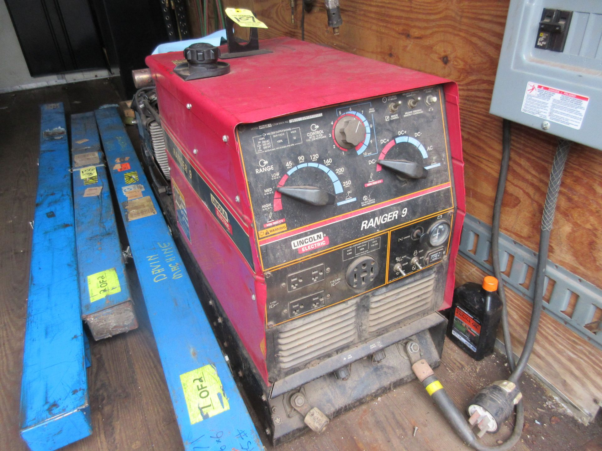 (1) Lincoln Ranger 9 Welder Generator This lot is being sold subject to the bulk bid lot number