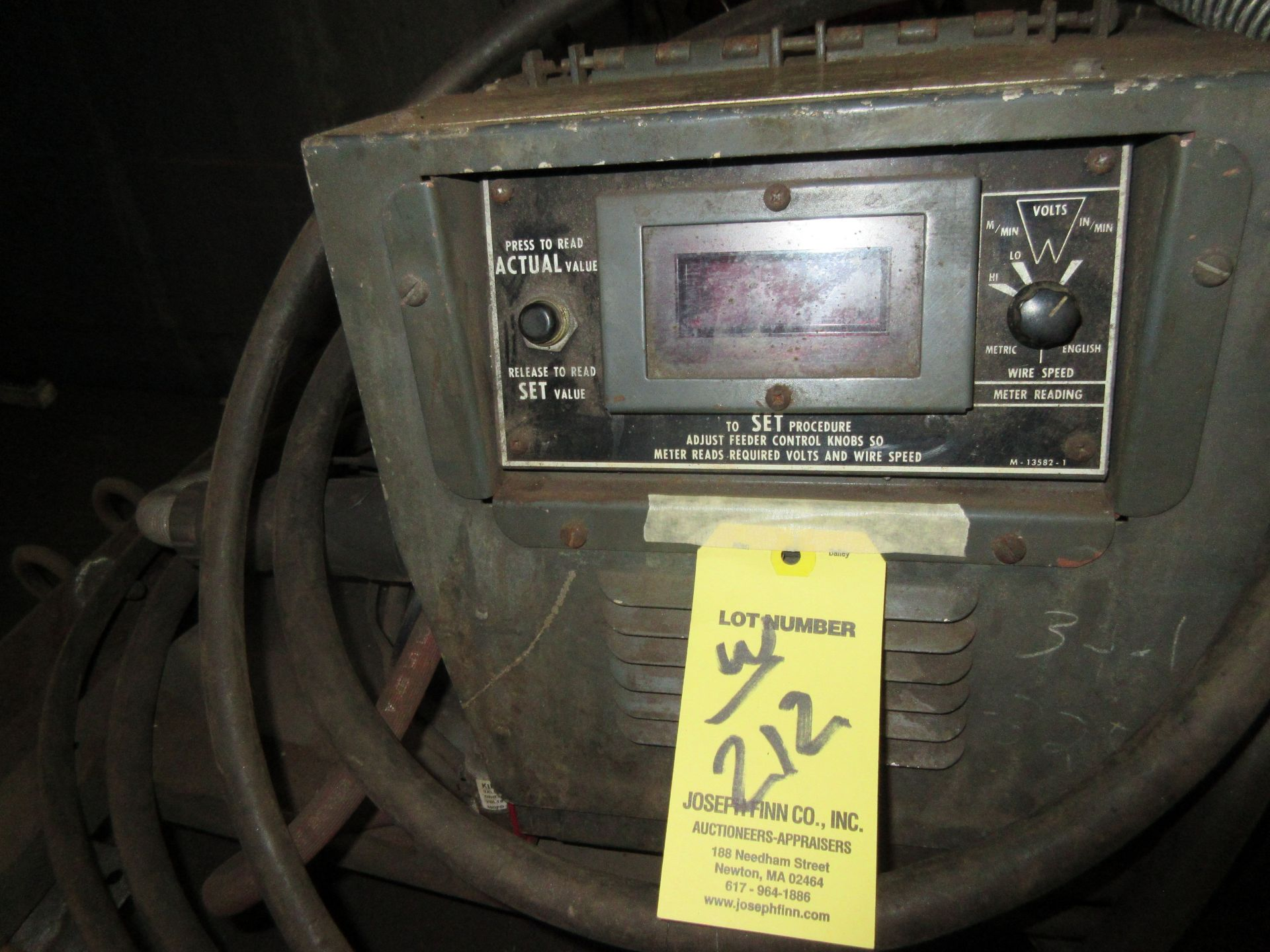 (1) Lincoln DC-400 Arc Welder, w/ Wire Feed & Port. Cart - Image 3 of 3