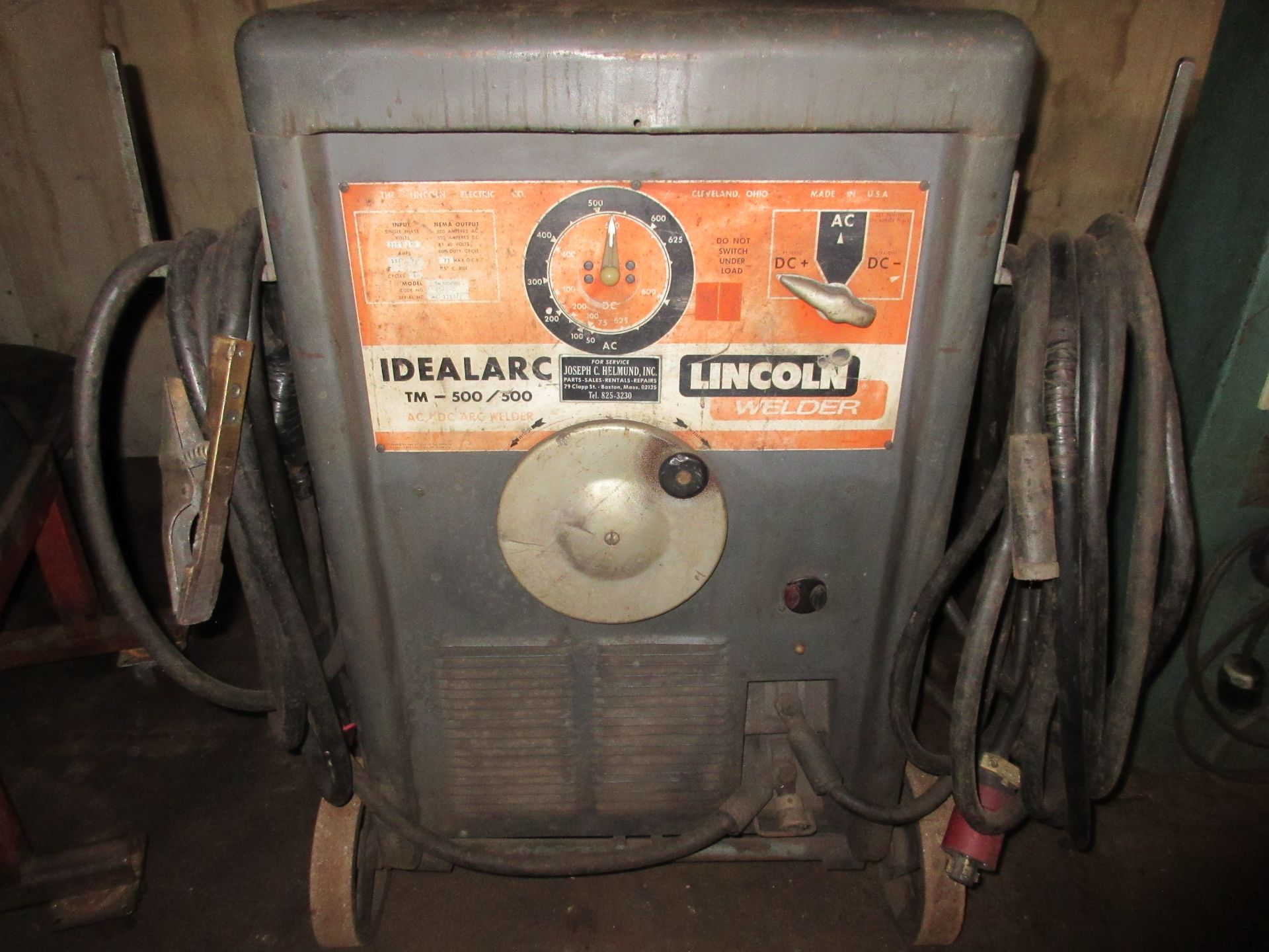 (1) Lincoln Idealarc 500/500 Welder, Port.