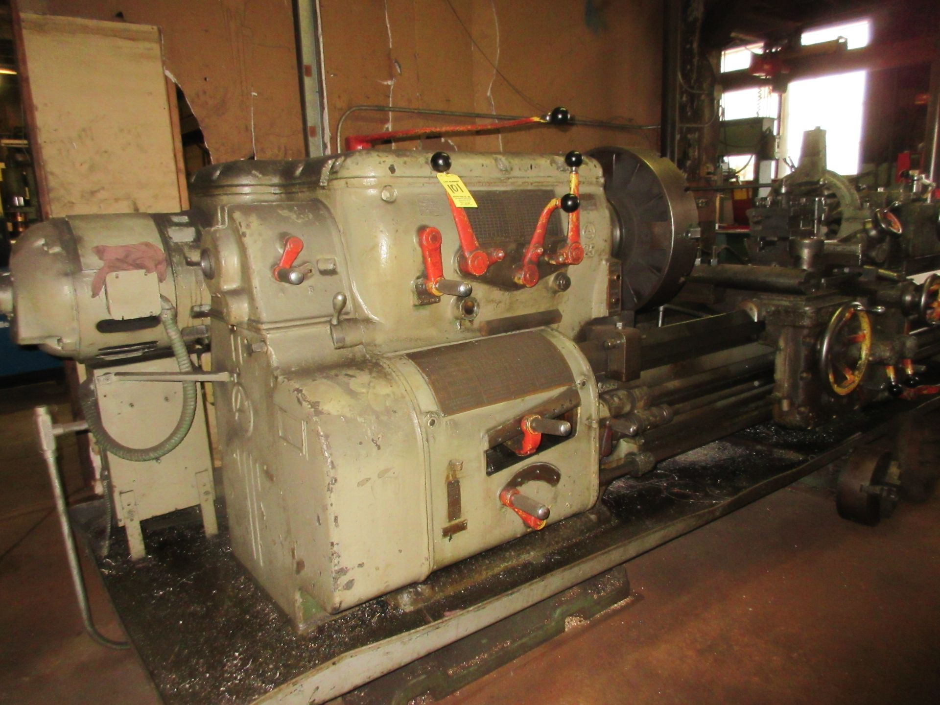 """(1) Axelson 25"""" X 96"""" Lathe S/N 24"""" 4 Jaw Chuck, Steady Rest & Taper Attachment, Tool Post - Image 2 of 5"""