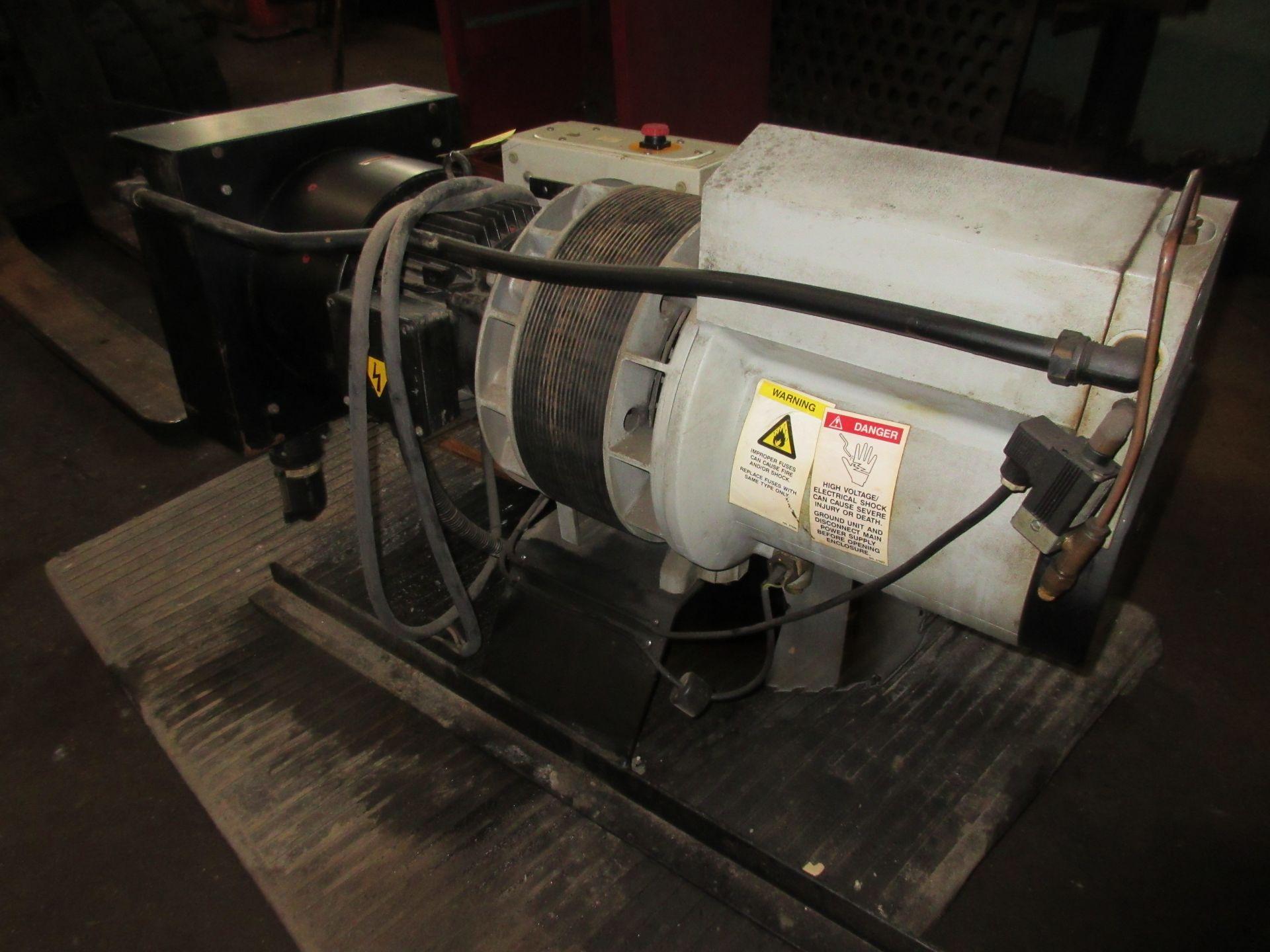 (1) Hydrovane 43 Rotary Screw Compressor M/N 043K10.108 S/N 8710.12HV643007/1/1 - Image 3 of 3