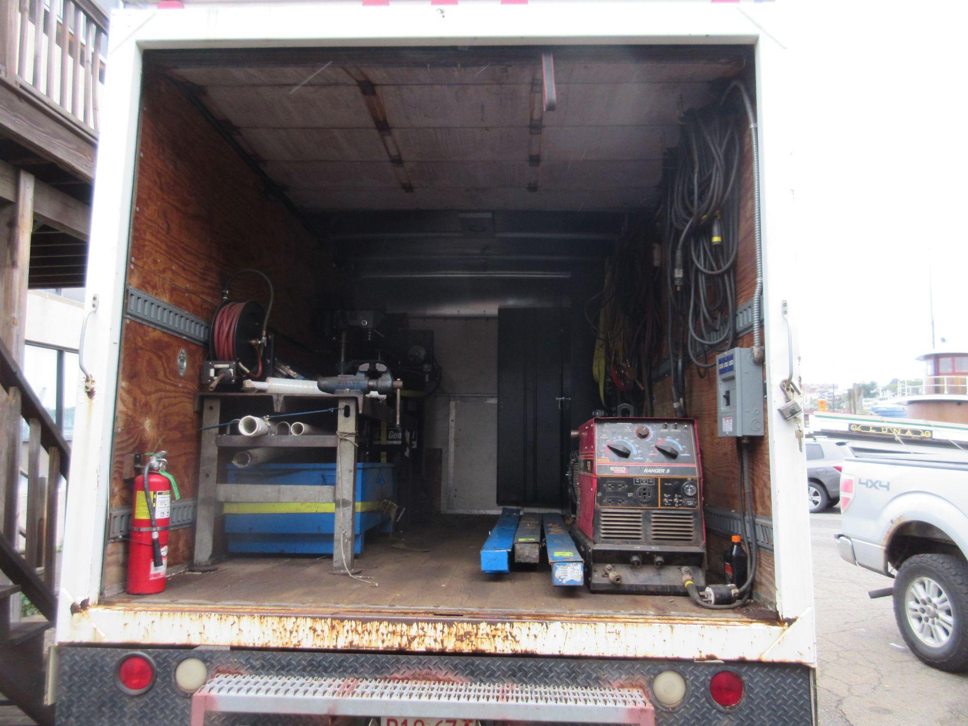 Bulk Bid Includes (1) Line Boring Truck Including 2004 GMC Savana 3500 Box Truck 2WD 8 Cylinders U - Image 8 of 27