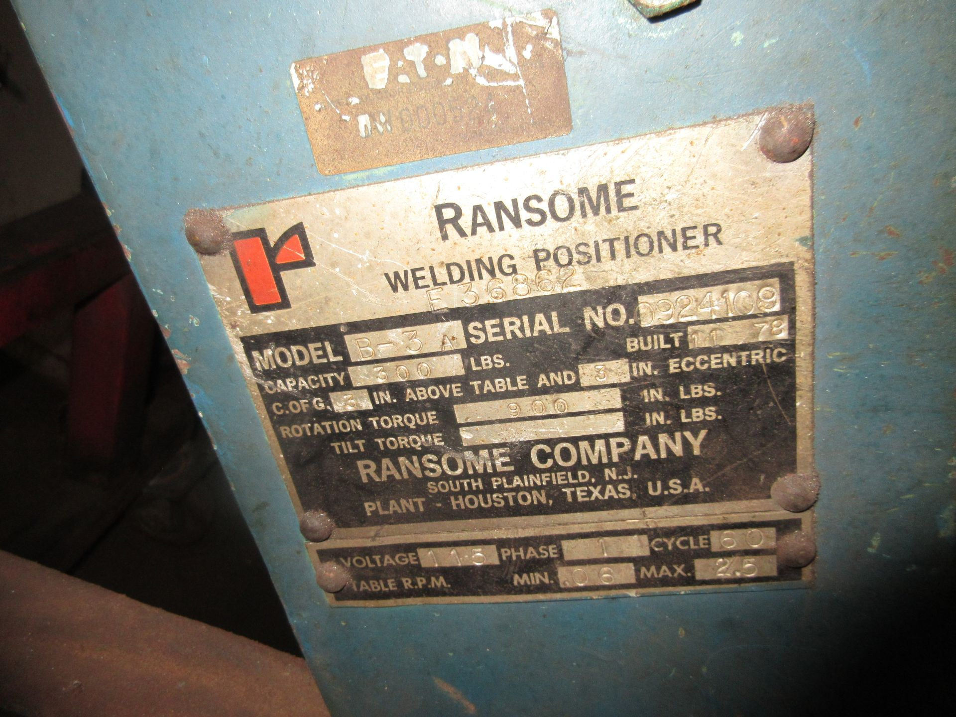 (1) Ransome M/N B-3A S/N 0924109 Capacity 300 lb. Welding Positioner - Image 2 of 2