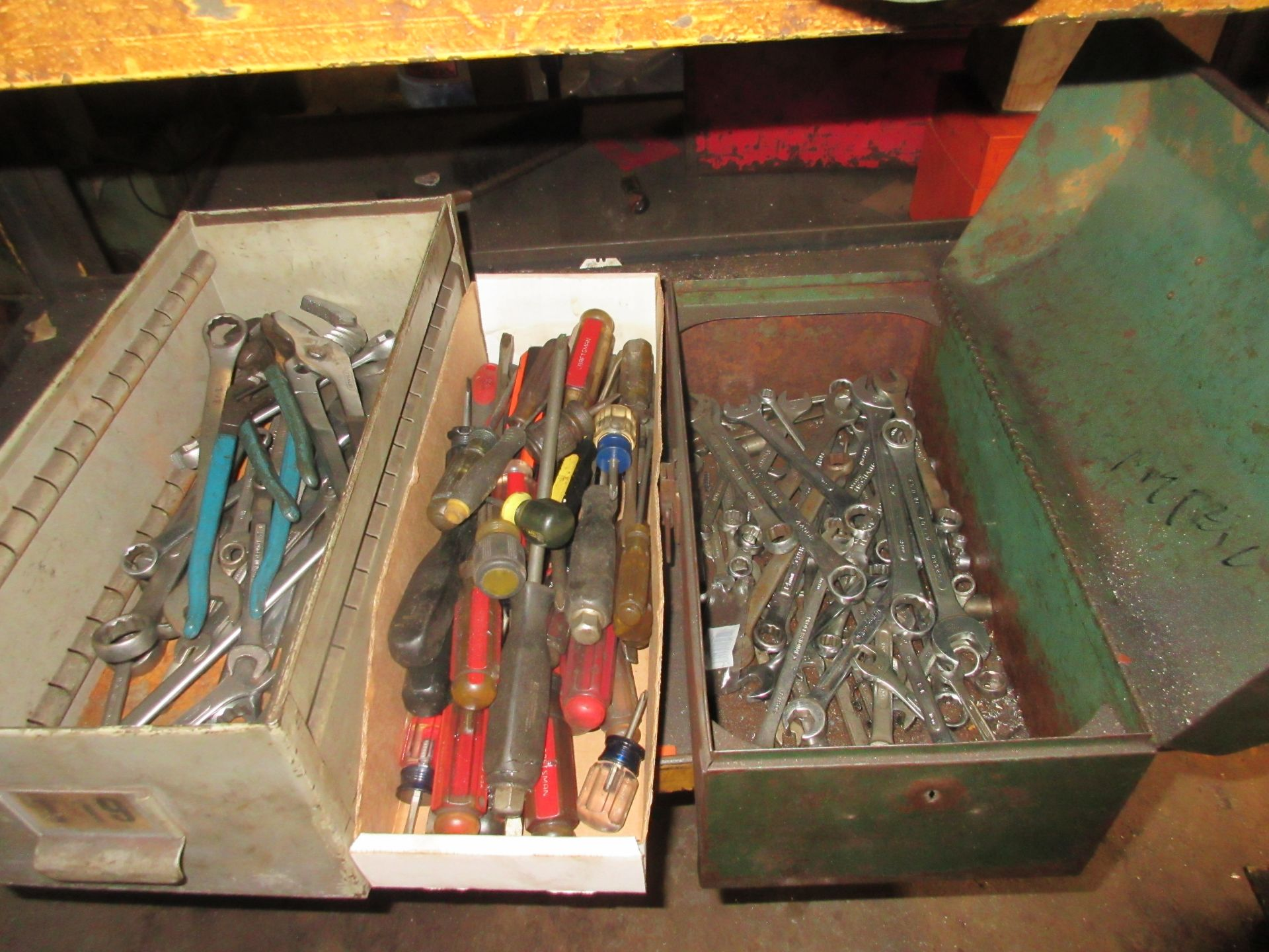 LOT Asst. Screwdrivers & Wrenches in (3)