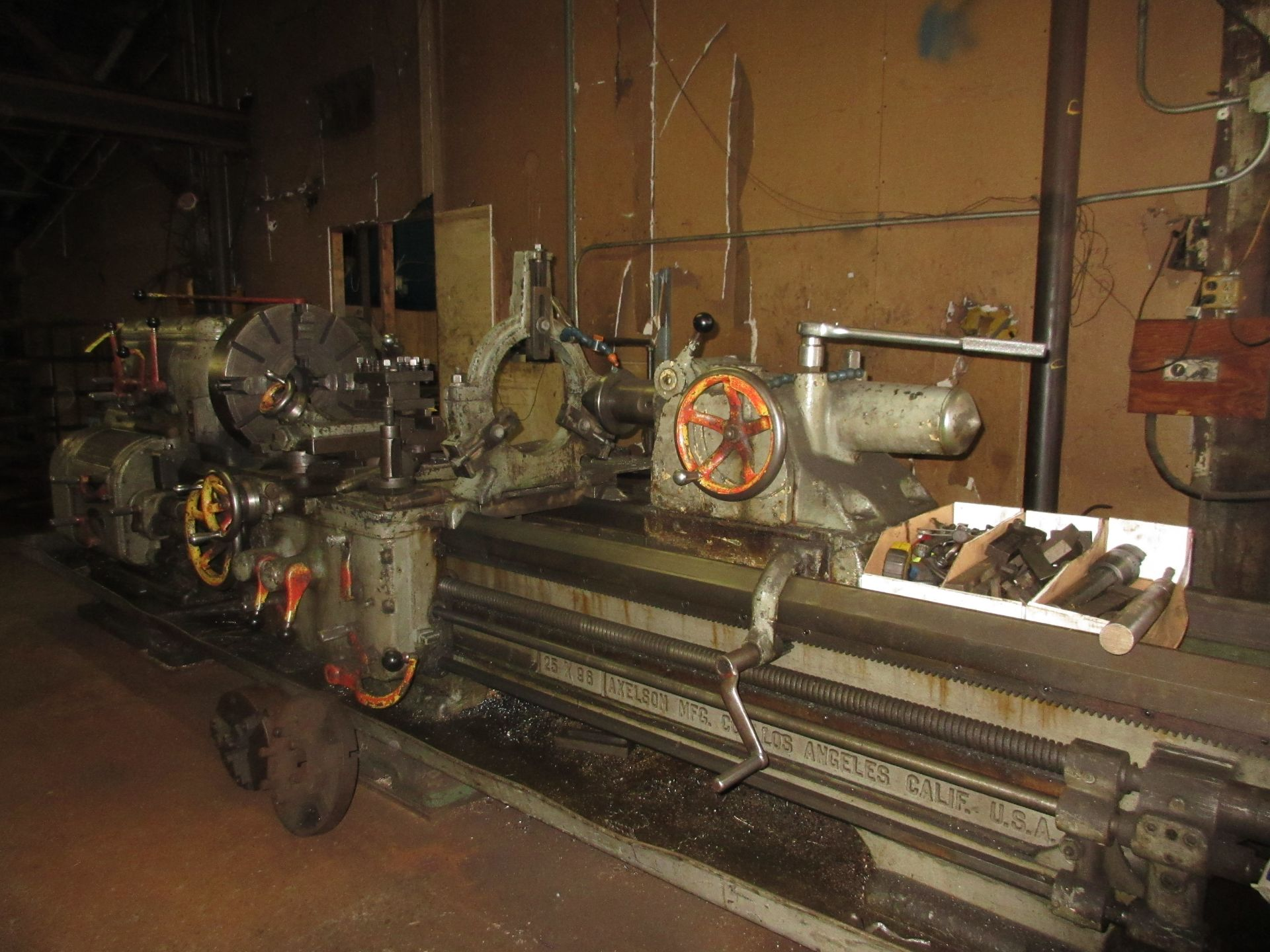 """(1) Axelson 25"""" X 96"""" Lathe S/N 24"""" 4 Jaw Chuck, Steady Rest & Taper Attachment, Tool Post - Image 4 of 5"""