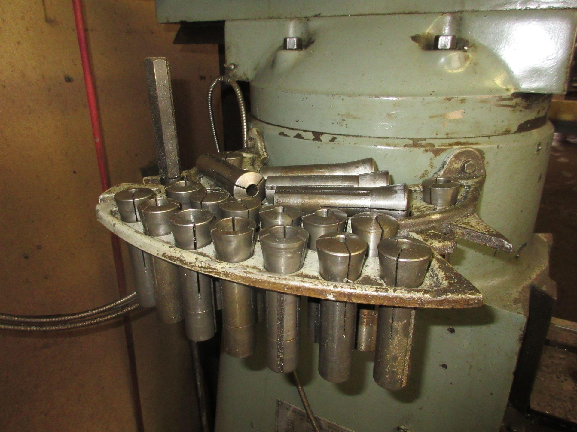 (1) Bridgeport Series 1 2 HP Vertical Miller S/N 233704, Power Feed Table - Image 5 of 6