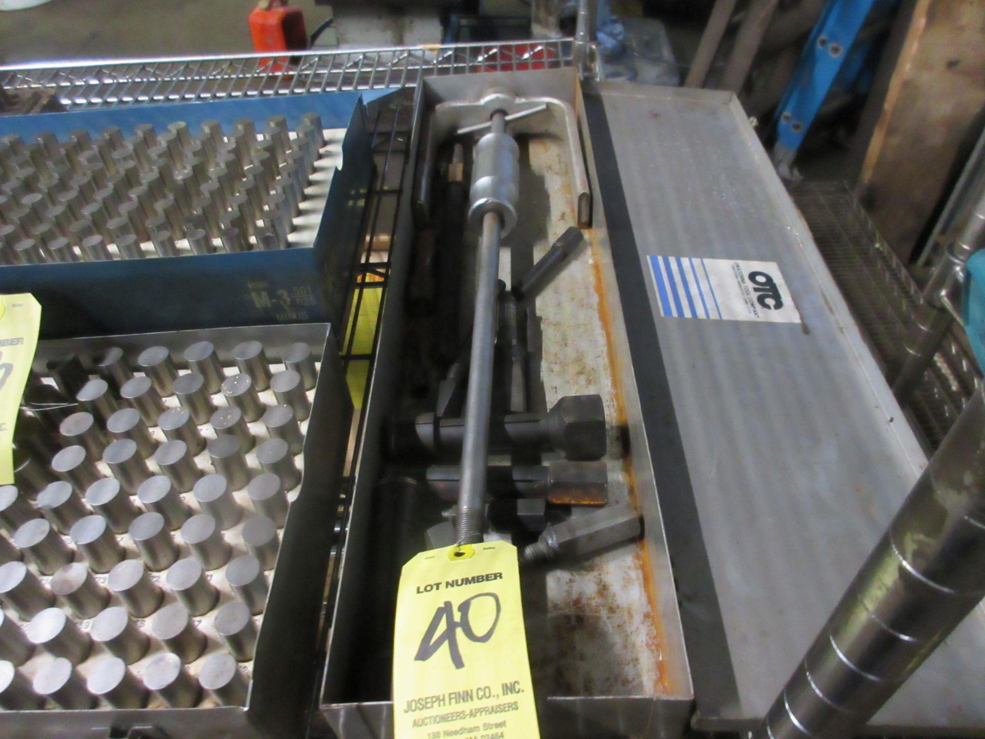 Owatonna (OTC) Hydraulic 10,000 PSI Hy. Torque Unit Model C S/N 53432