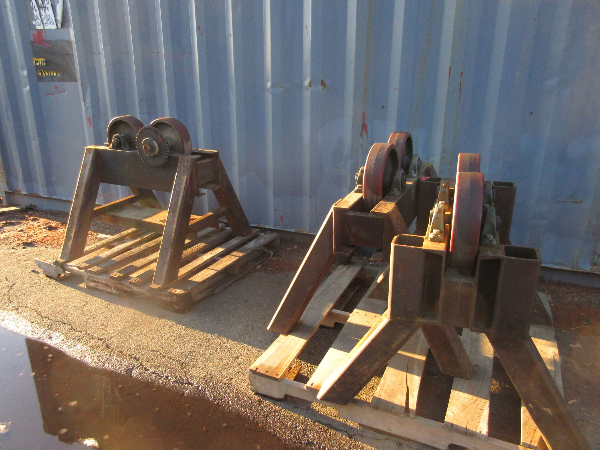 (1) (1) Set Heavy Duty Tank Rollers Includes (1) Powdered Unit With (3) Idler Roller Dollies - Image 3 of 3