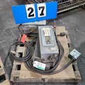 PALLET OF SQUARE D 250V/480V SWITCH BOX, BEAVER TRANSFORMER 6KVA, 600 HV/480LV, OLD TRANSFORMER