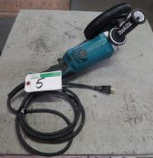 MAKITA GA7050 ELECTRIC ANGLE GRINDER