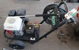PATRON PRESSURE WASHER W/HONDA 200 ENGINE