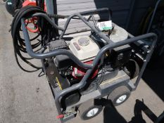 BE HOT WATER PRESSURE WASHER, 2,500 PSI, POWERED BY HONDA, MOD. HSP-2500-OBEAH