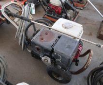 PRESSURE WASHER W/HONDA ENGINE