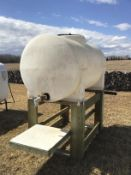 +/-200g Water Tank on Wooden Stand