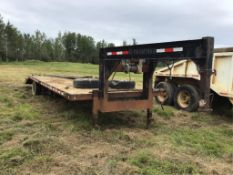 30Ft Trailtech T/A Dually Gooseneck Trailer Axles Needs repair.