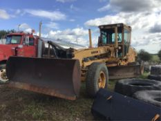 1997 Champion 740 Series IV Grader w/Side Wing 2009 M11 Cummins Eng, +/- 2000hrs since Motor Replac