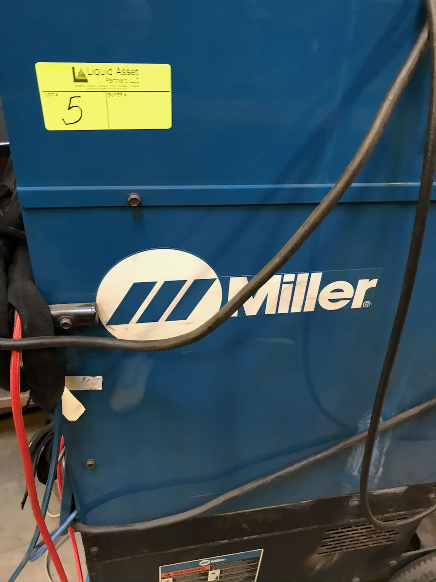 Miller Syncrowave 250 DX welder with work station - Image 2 of 3
