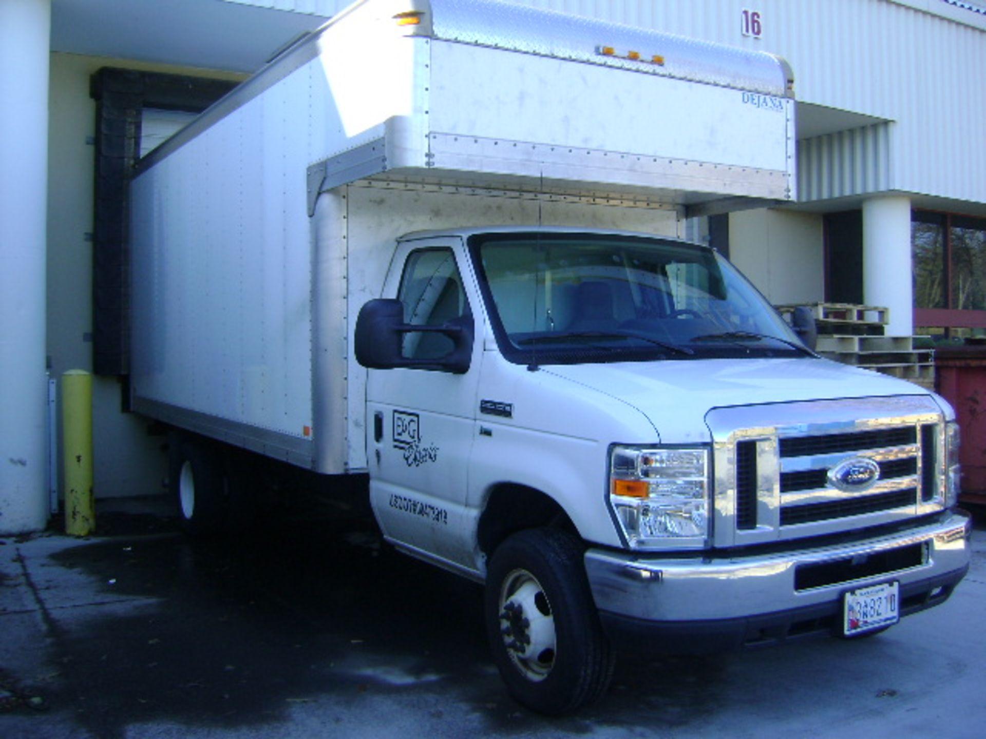 2012 Ford E350 Super Duty 18' Cube Van Truck