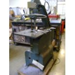 Lockformere 24S Vertical Band Saw